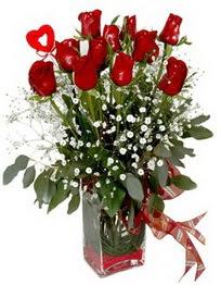 Aksaray çiçek siparişi vermek  9 adet mika yada cam vazoda gül tanzimi kalp çubuk