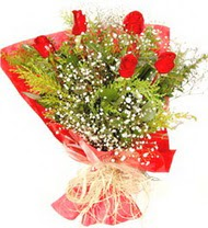 Aksaray anneler günü çiçek yolla  5 adet kirmizi gül buketi demeti