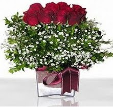 Aksaray internetten çiçek satışı  mika yada cam vazo içerisinde 7 adet gül