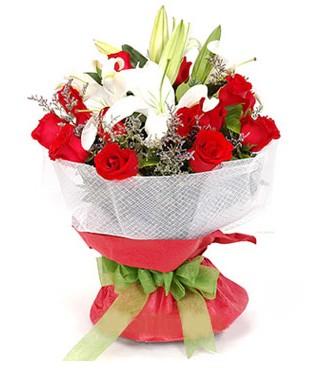 Aksaray hediye çiçek yolla  1 dal kazablanka 11 adet kırmızı gül buketi