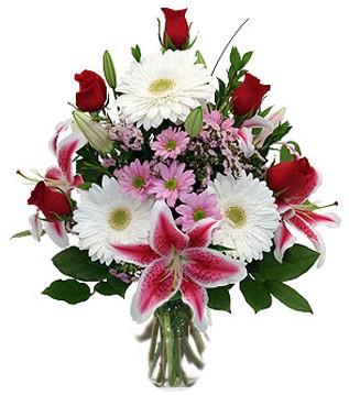 Aksaray çiçek mağazası , çiçekçi adresleri  1 dal kazablanka 5 gül ve kırçiçeği vazosu