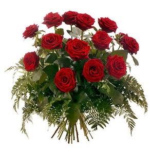 Aksaray internetten çiçek satışı  15 adet kırmızı gülden buket