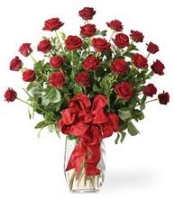 Sevgilime sıradışı hediye güller 24 gül  Aksaray 14 şubat sevgililer günü çiçek