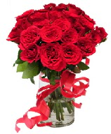 21 adet vazo içerisinde kırmızı gül  Aksaray çiçek satışı