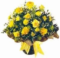 Aksaray çiçek , çiçekçi , çiçekçilik  Sari gül karanfil ve kir çiçekleri