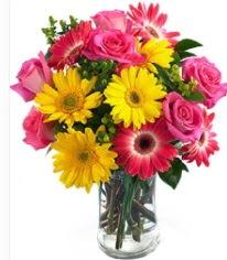 Vazoda Karışık mevsim çiçeği  Aksaray çiçekçi mağazası