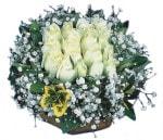 Aksaray çiçekçiler  Beyaz harika bir gül sepeti