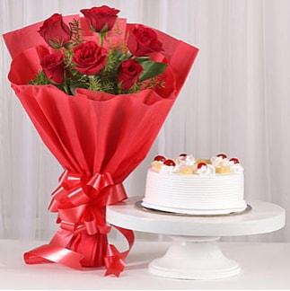 6 Kırmızı gül ve 4 kişilik yaş pasta  Aksaray çiçek , çiçekçi , çiçekçilik