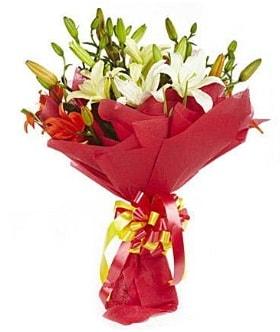 5 dal kazanlanka lilyum buketi  Aksaray çiçek gönderme sitemiz güvenlidir